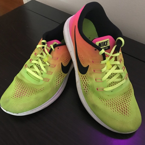 cheap for discount 7c96e 5db7a Men's Nike Free Run (neon colored) Size 11